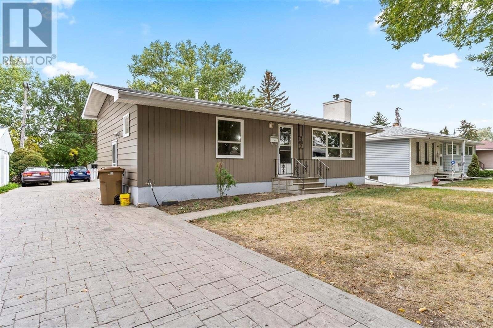 House for sale at 1411 Macpherson Ave Regina Saskatchewan - MLS: SK827322