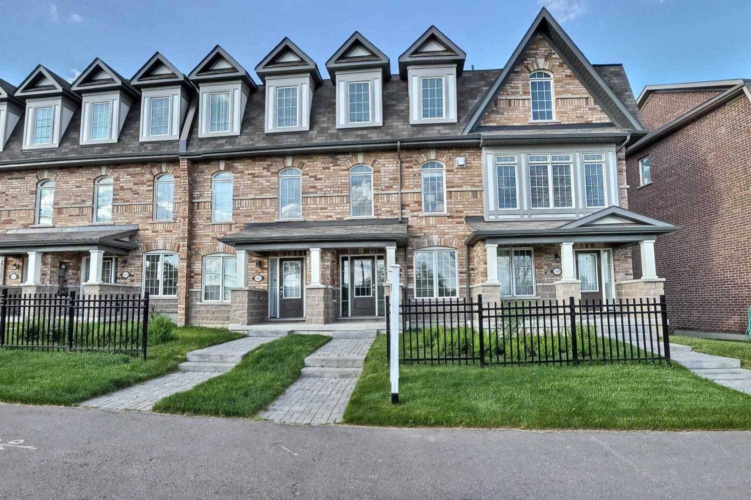 Townhouse for sale at 1411 Salem Rd Ajax Ontario - MLS: E4498062