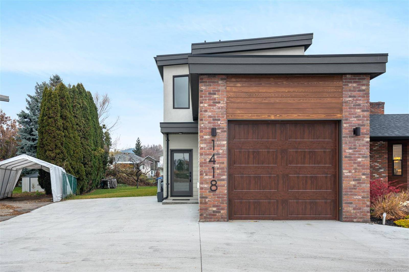Townhouse for sale at 1418 Inkar Rd Kelowna British Columbia - MLS: 10195041