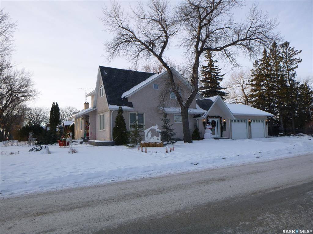 House for sale at 1419 100th St Tisdale Saskatchewan - MLS: SK779159