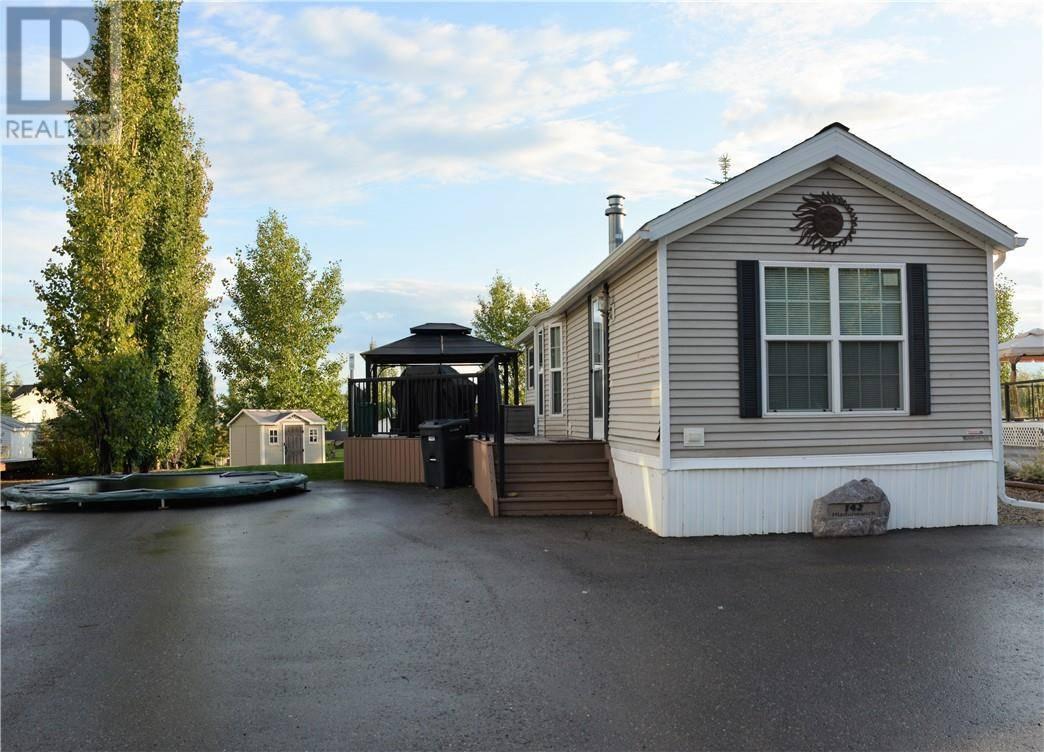 Home for sale at 10042 Township Rd Unit 142 Rural Ponoka County Alberta - MLS: ca0175104