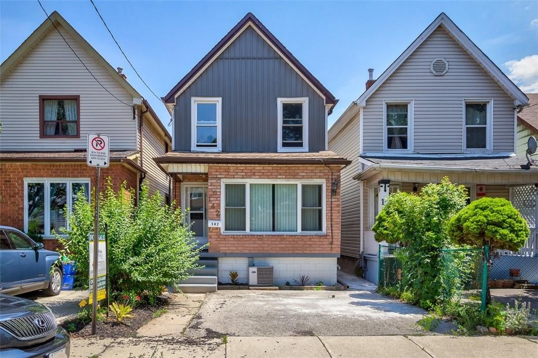 House for sale at 142 Belmont Ave Hamilton Ontario - MLS: H4083010