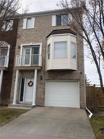 Townhouse for sale at 142 Citadel Ln Northwest Calgary Alberta - MLS: C4274365