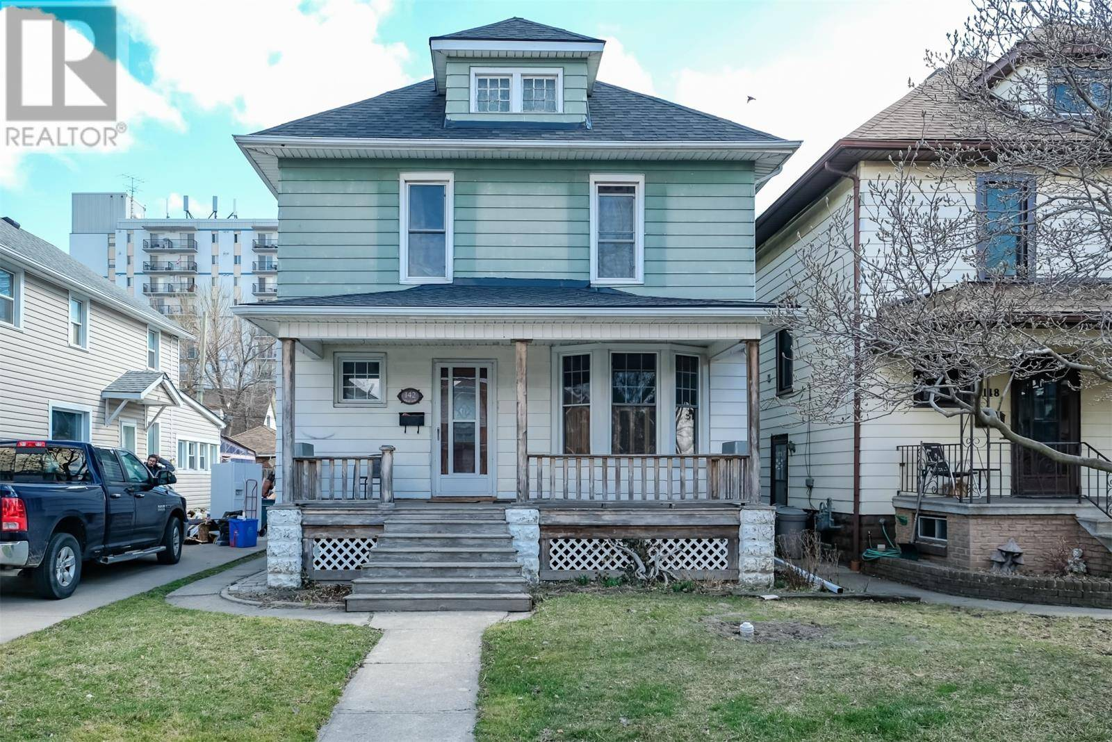 House for sale at 142 Elm  Windsor Ontario - MLS: 20003605