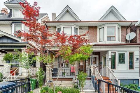 Townhouse for sale at 142 Essex St Toronto Ontario - MLS: W4808753