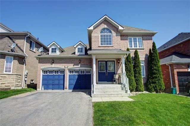 For Sale: 142 Flagstone Way, Newmarket, ON | 4 Bed, 4 Bath House for $849,900. See 20 photos!