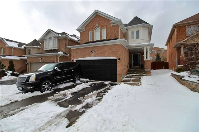 For Sale: 142 Sweet Water Crescent, Richmond Hill, ON | 4 Bed, 3 Bath House for $1,198,800. See 15 photos!