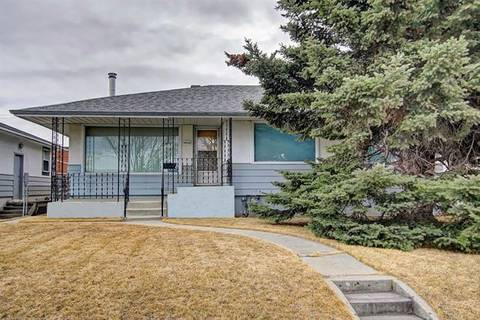 House for sale at 1420 Russet Rd Northeast Calgary Alberta - MLS: C4237424