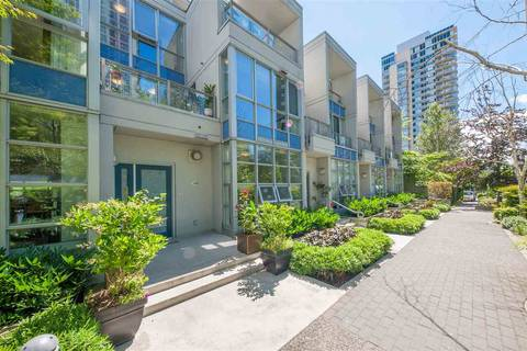 Townhouse for sale at 1420 Strathmore Me Vancouver British Columbia - MLS: R2410896