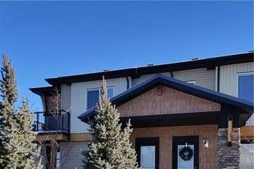 Buliding: 2781 Chinook Winds Drive Southwest, Airdrie, AB