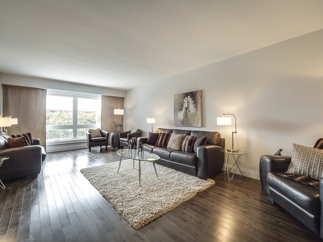 For Sale: 1421 Bridgestone Lane, Mississauga, ON | 3 Bed, 4 Bath House for $1,648,000. See 20 photos!