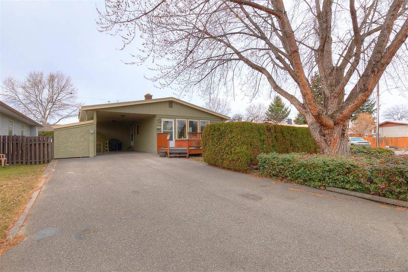 House for sale at 1421 Inkar Rd Kelowna British Columbia - MLS: 10201659