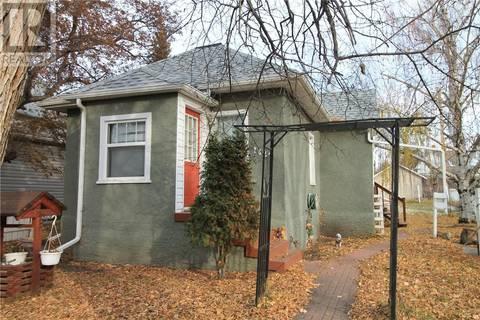 House for sale at 1422 103rd St North Battleford Saskatchewan - MLS: SK790196