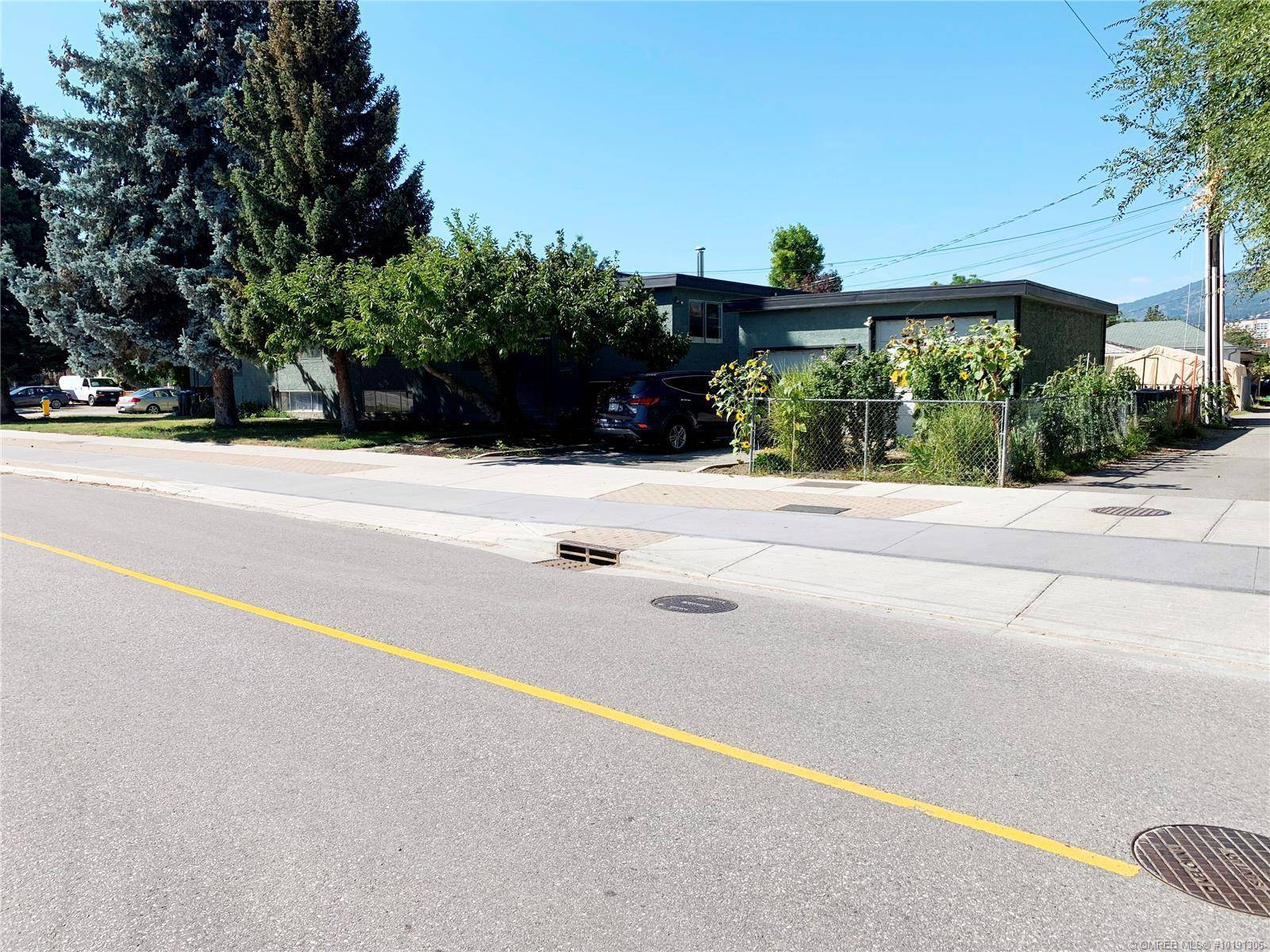 Townhouse for sale at 1424 Ethel St Kelowna British Columbia - MLS: 10191306