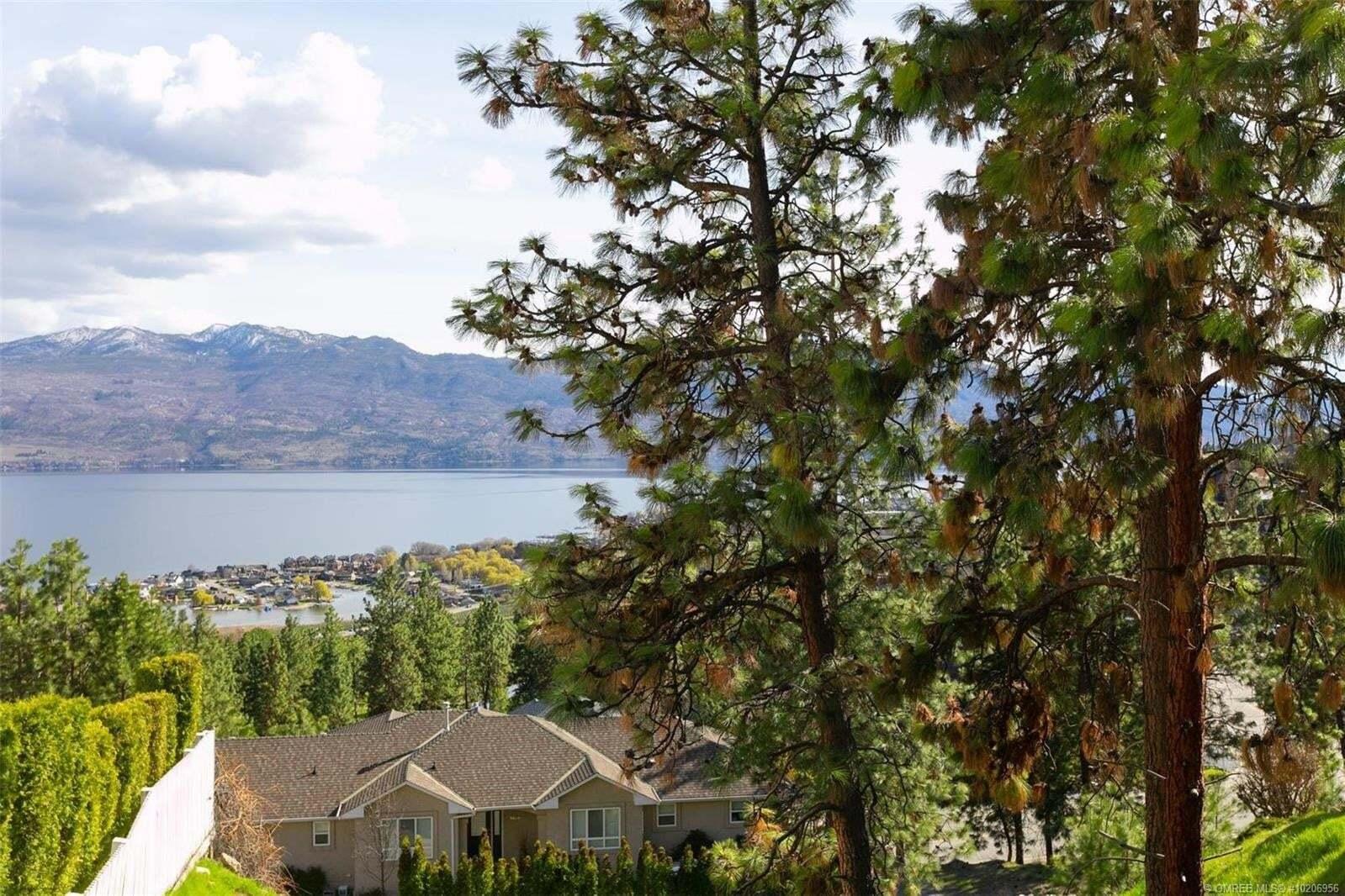 Home for sale at 1425 Menu Rd West Kelowna British Columbia - MLS: 10206956