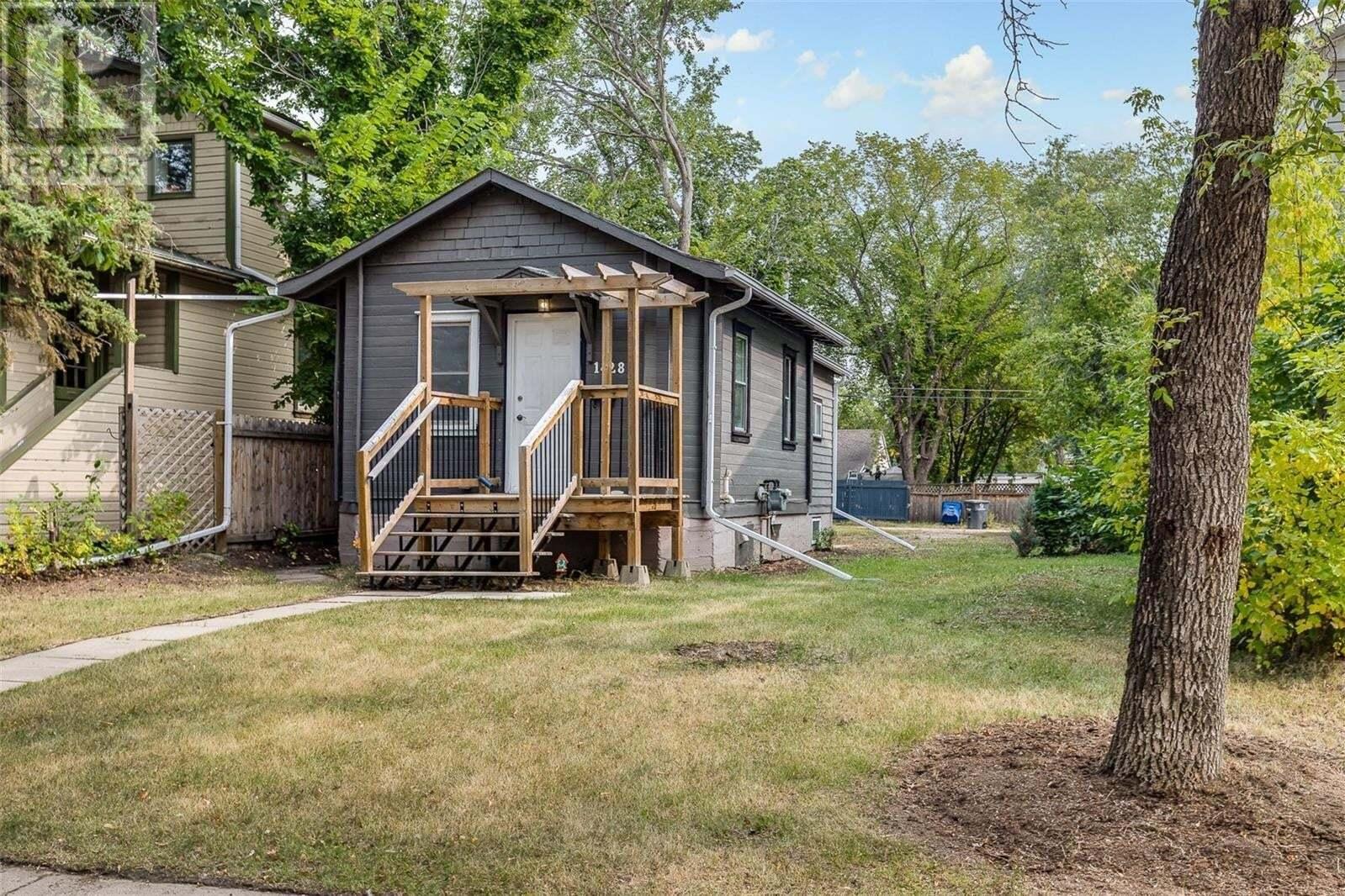 1428 1st Avenue N, Saskatoon | Image 2