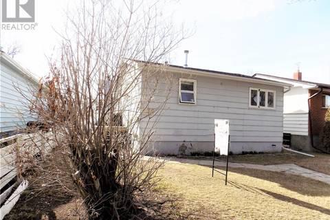 House for sale at 1429 H Ave N Saskatoon Saskatchewan - MLS: SK762227