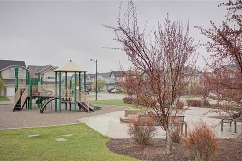 143 Cougarstone Square Southwest, Calgary | Image 2