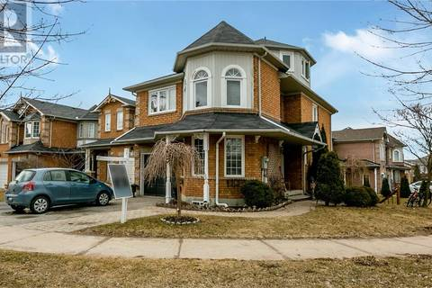 Townhouse for sale at 143 Downey Circ Aurora Ontario - MLS: 30734363
