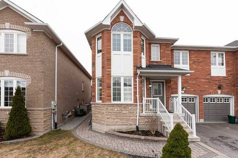 Townhouse for sale at 143 Flagstone Wy Newmarket Ontario - MLS: N4736095