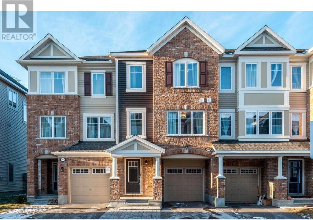 Townhouse for sale at 143 Gelderland Pt Stittsville Ontario - MLS: 1176763