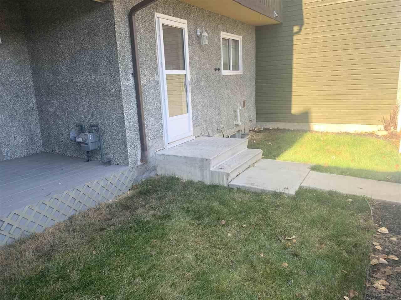 Townhouse for sale at 143 Kaskitayo Ct Nw Edmonton Alberta - MLS: E4183490
