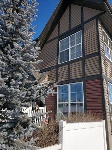 Townhouse for sale at 143 New Brighton Villa(s) Southeast Calgary Alberta - MLS: C4286392