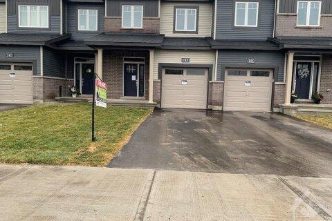 Property for rent at 143 Teelin Circ Ottawa Ontario - MLS: 1219605