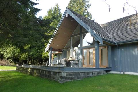 House for sale at 1430 Bonniebrook Heights Rd Gibsons British Columbia - MLS: R2442526