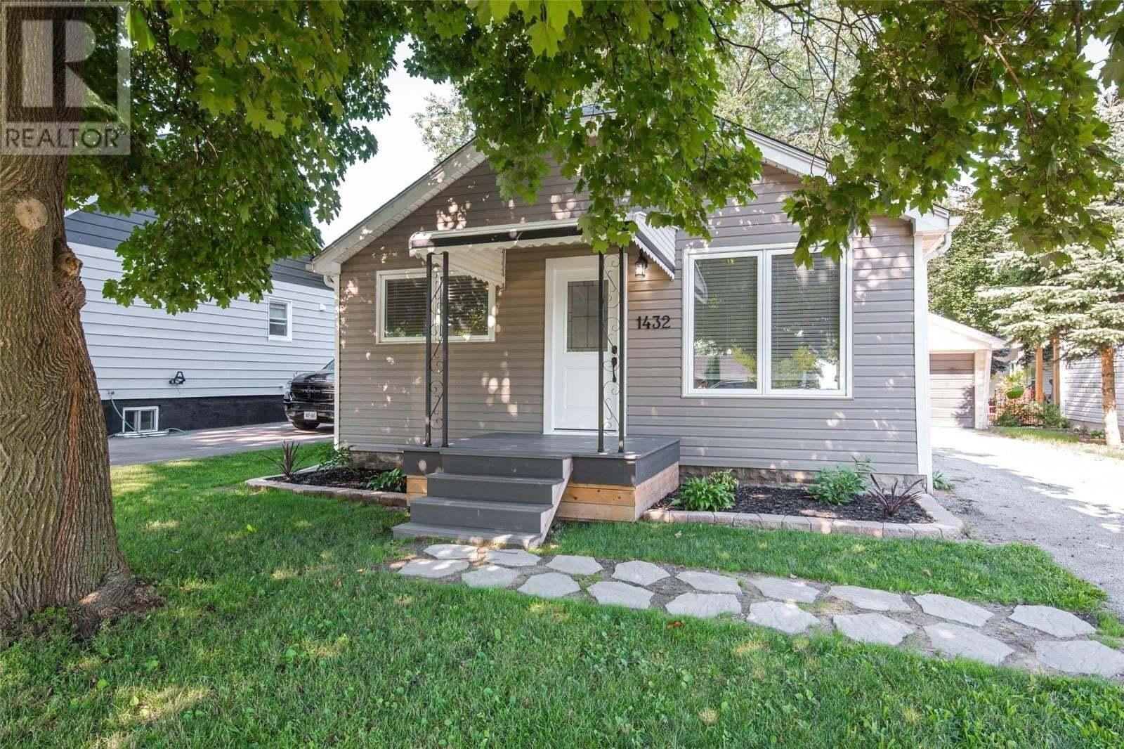 House for sale at 1432 Shawnee  Tecumseh Ontario - MLS: 20009332