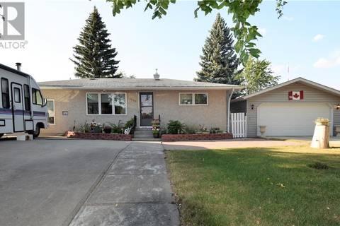 House for sale at 1438 Nicholson Rd Estevan Saskatchewan - MLS: SK744568