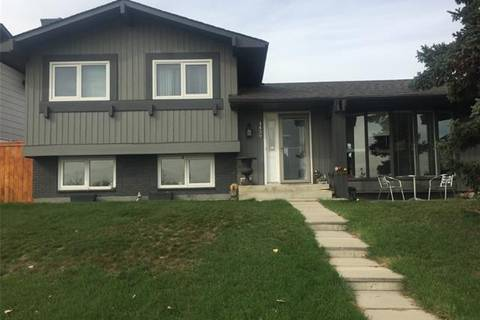 House for sale at 1439 Lake Bonavista Dr Southeast Calgary Alberta - MLS: C4269941