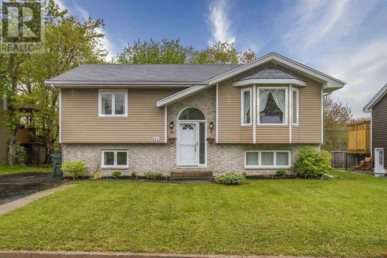House for sale at 144 Ashdale Cres Timberlea Nova Scotia - MLS: 202009483