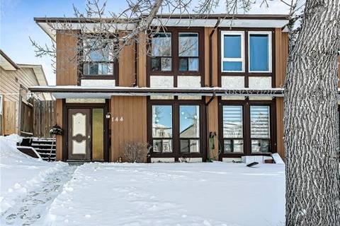 Townhouse for sale at 144 Berkley Wy Northwest Calgary Alberta - MLS: C4286740