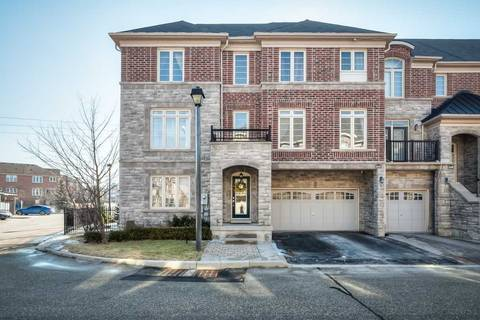 Townhouse for sale at 144 Chapman Ct Aurora Ontario - MLS: N4390996