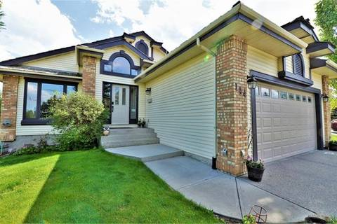 House for sale at 144 Douglas Woods Dr Southeast Calgary Alberta - MLS: C4272188