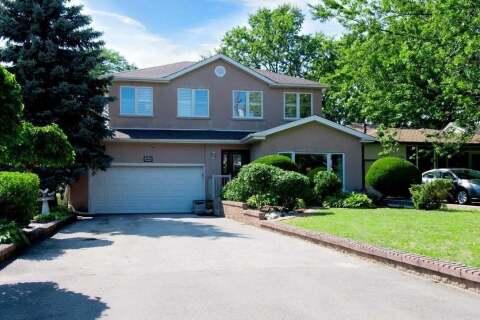 House for sale at 144 Manse Rd Toronto Ontario - MLS: E4896054