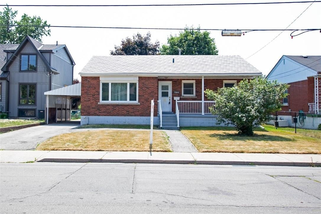 House for sale at 144 Montrose Ave Hamilton Ontario - MLS: H4082438