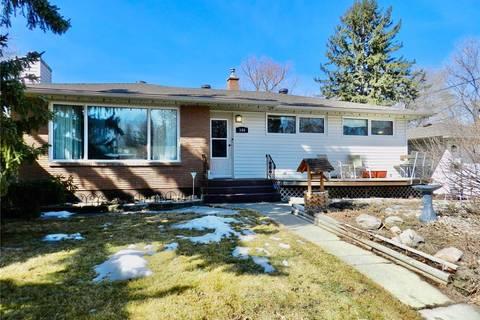 House for sale at 144 Orchard Cres Regina Saskatchewan - MLS: SK802942