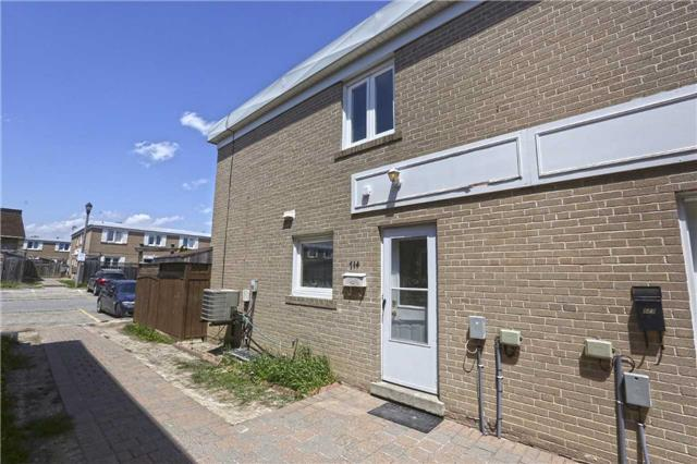 Sold: 144 Town House Crescent, Brampton, ON