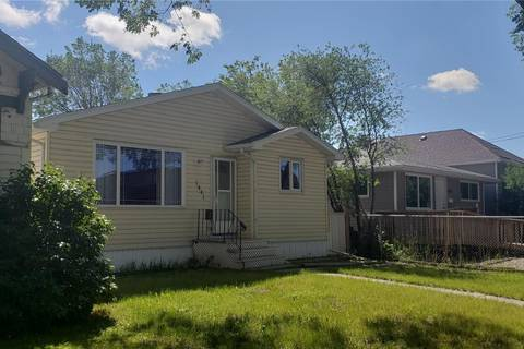 House for sale at 1441 Rae St Regina Saskatchewan - MLS: SK777911