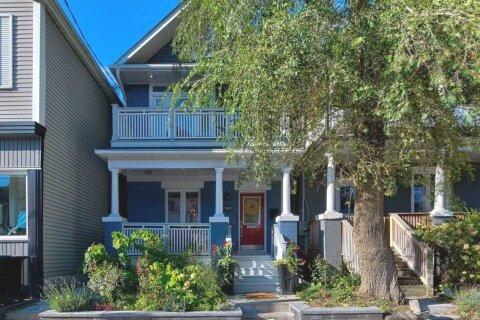House for sale at 1442 Dundas St Toronto Ontario - MLS: E4963912