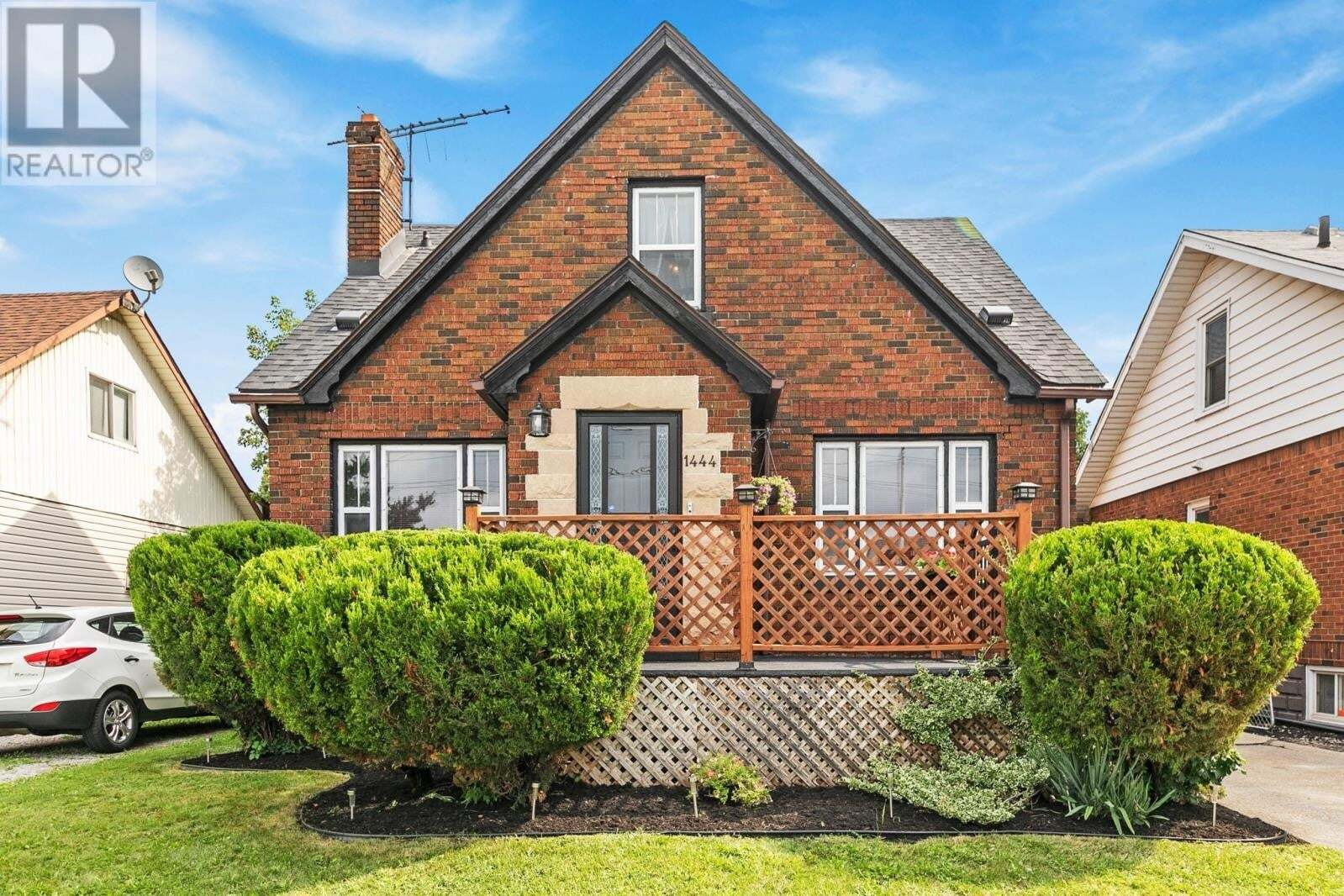 House for sale at 1444 Central  Windsor Ontario - MLS: 20011640