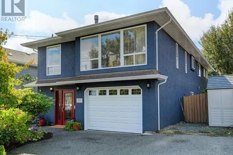 House for sale at 1445 Myrtle Ave Victoria British Columbia - MLS: 413296