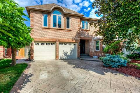 House for sale at 1447 Silversmith Dr Oakville Ontario - MLS: W4570039
