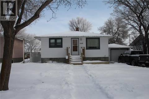 House for sale at 1449 Carlton St Regina Saskatchewan - MLS: SK789627