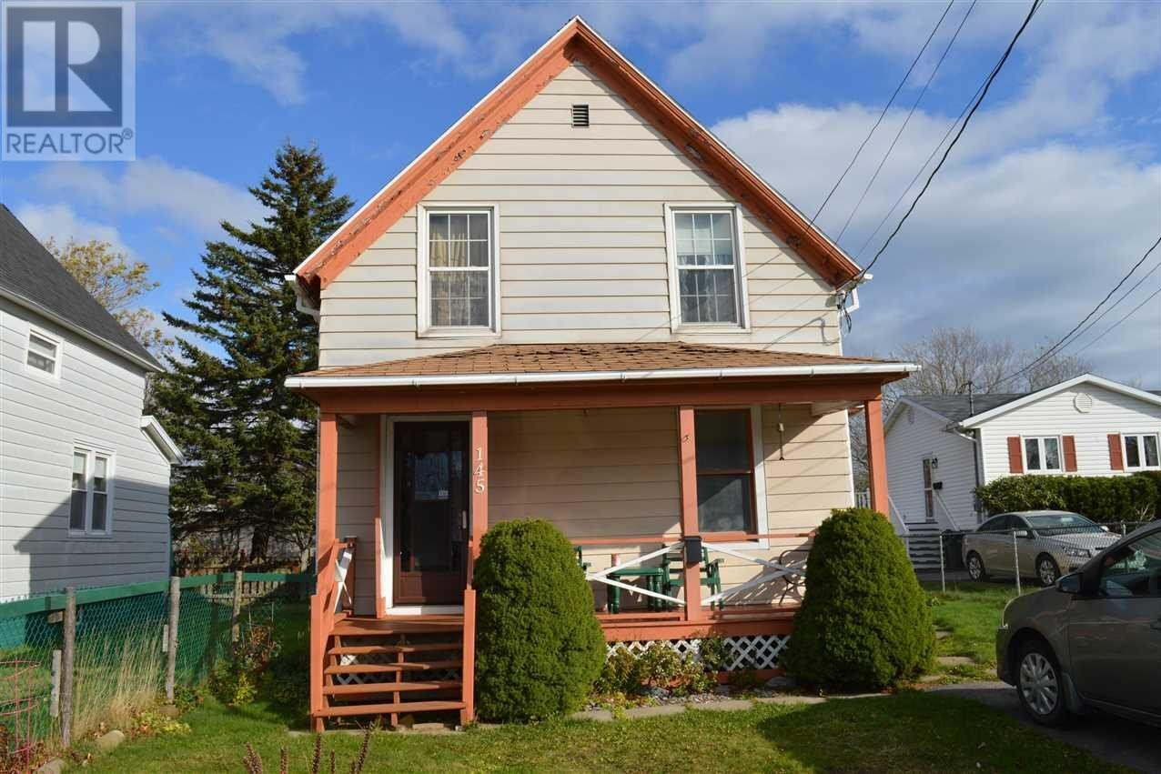 House for sale at 145 South St Glace Bay Nova Scotia - MLS: 202023117