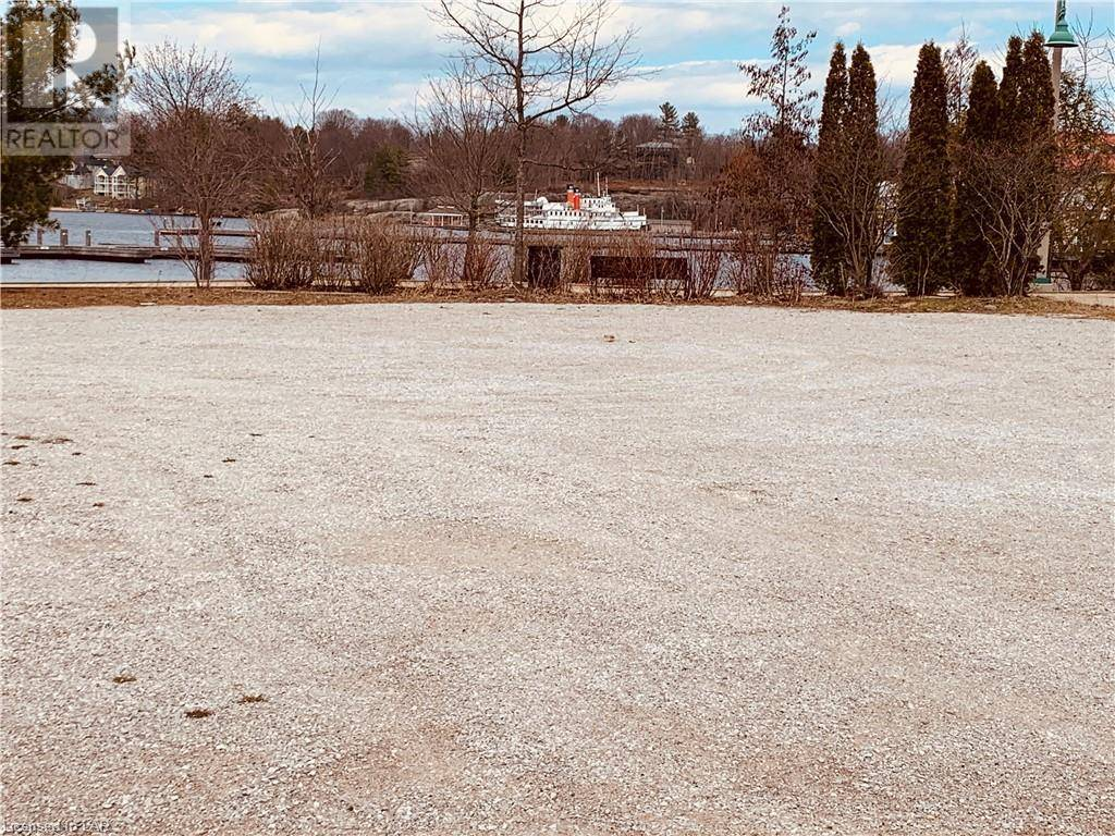 Commercial property for sale at 145 Steamship Bay Rd Gravenhurst Ontario - MLS: 251008