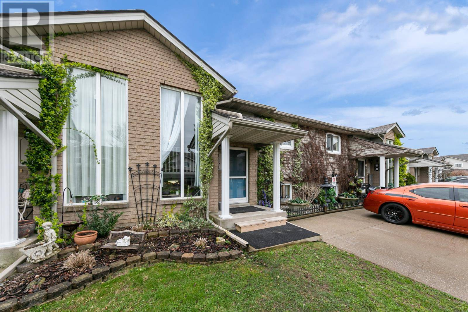 Townhouse for sale at 1451 Border Cres Tecumseh Ontario - MLS: 20004775