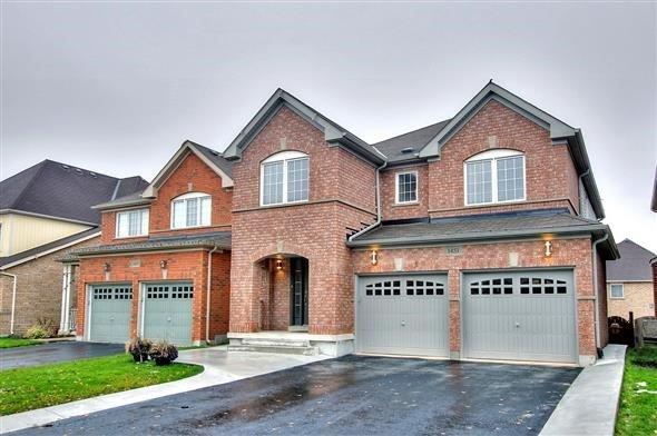 Sold: 1451 Livesey Drive, Oshawa, ON